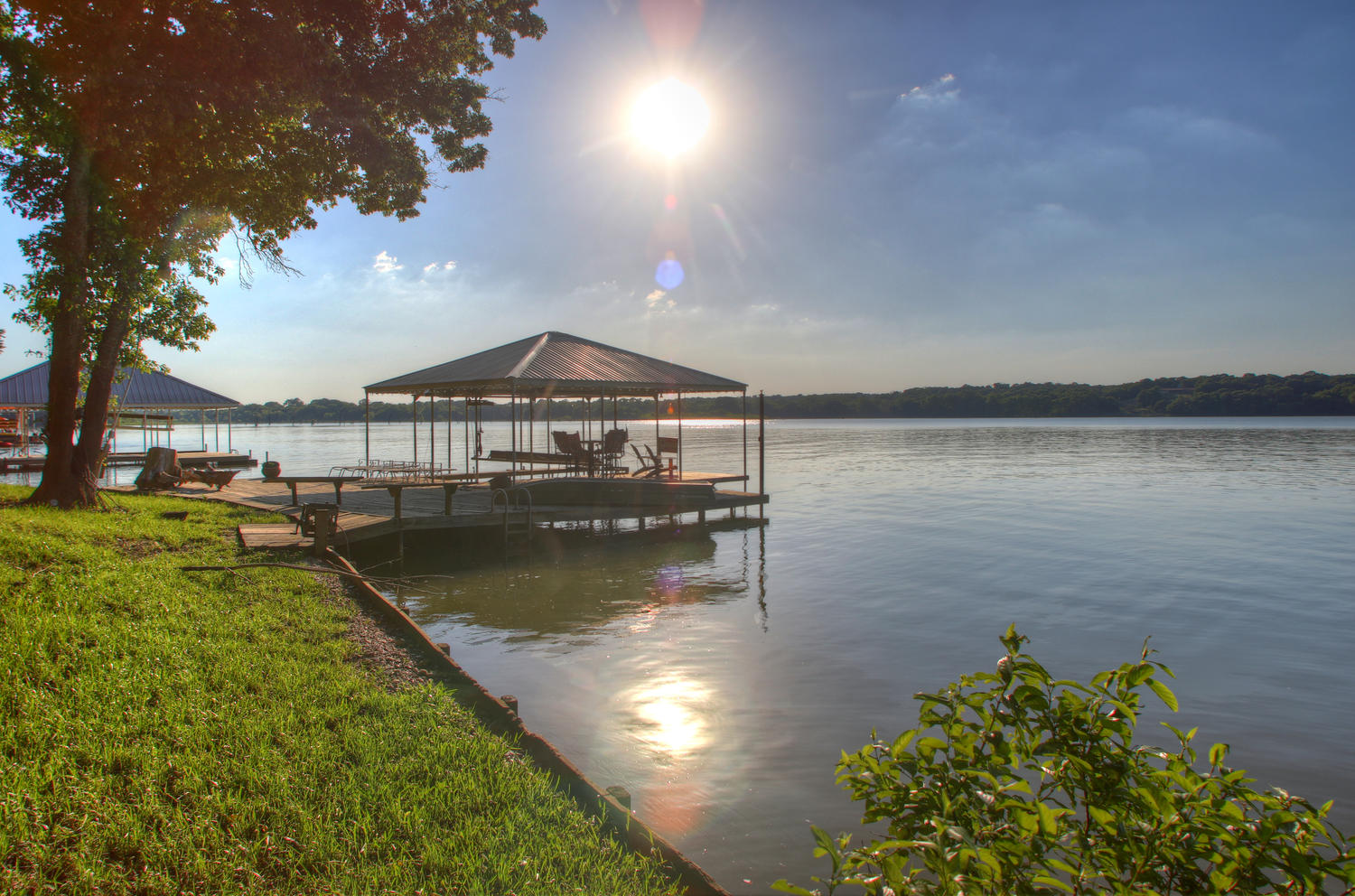 Wonderful boat dock with power lift