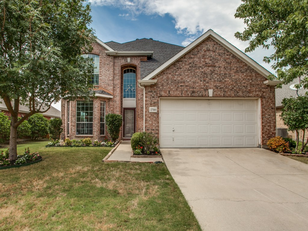 Welcome home to 2780 Appaloosa Ct. Your lakefront property awaits you!